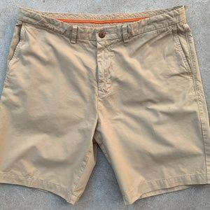 TOMMY BAHAMA Flat Front Shorts Khaki 36